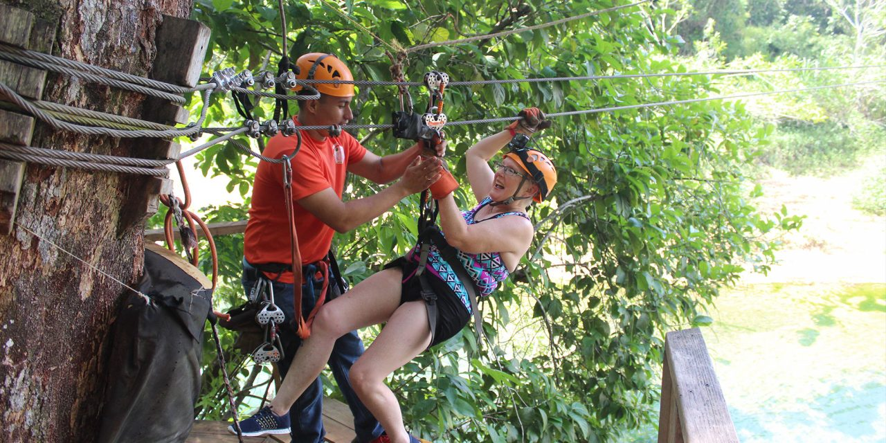 https://www.discoverbelize.bz/wp-content/uploads/2019/07/zipline-1280x640.jpg